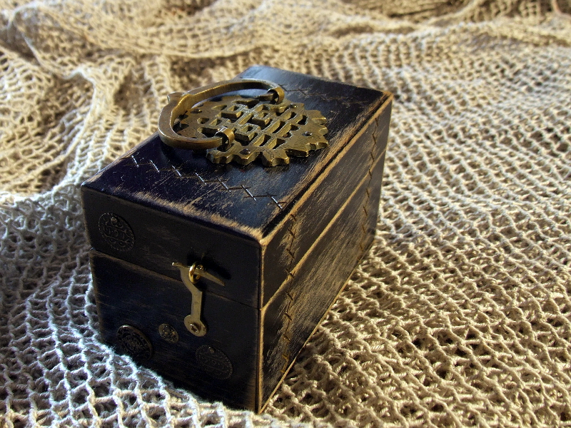 Black Alchemy Box